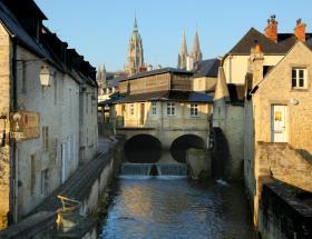 Photo du centre ville de Bayeux - Office de tourisme