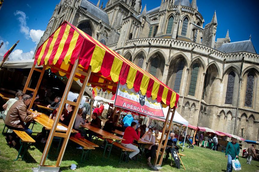 Taverne sur les Médiévales de Bayeux