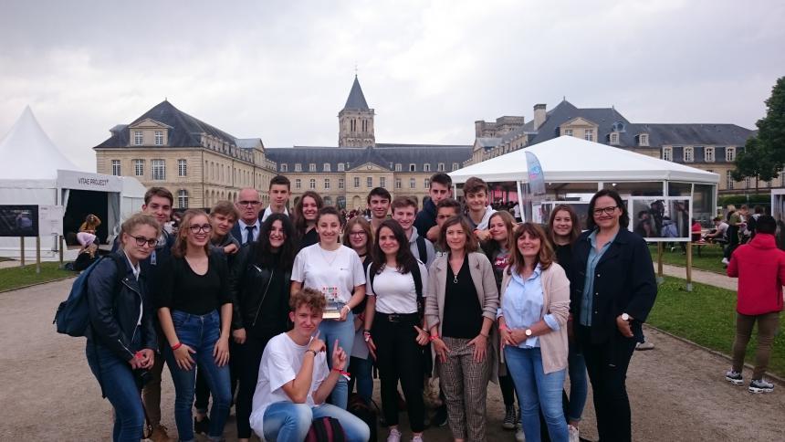 Les lycéens de Bayeux primés lors du forum Normandie pour la Paix